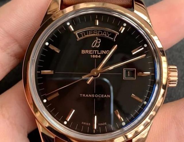 Breitling Transocean Series Dual Calendar Formal Replica Watch Detail Reviews